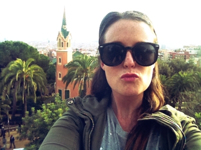 hanging like a bitch but still enough sass to take a January 1st selfie in front of Gaudi's house in Parc Guell. really.