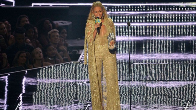 New_Beyonce_VMA_Getty_EMBED_2016